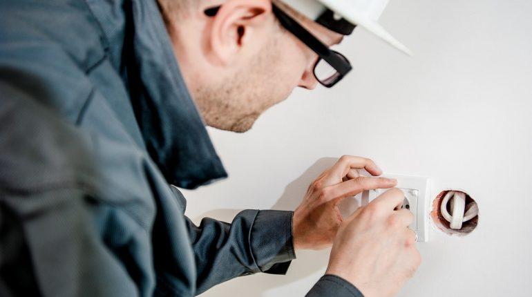 Kontrolowanie pracy instalacji elektrycznej