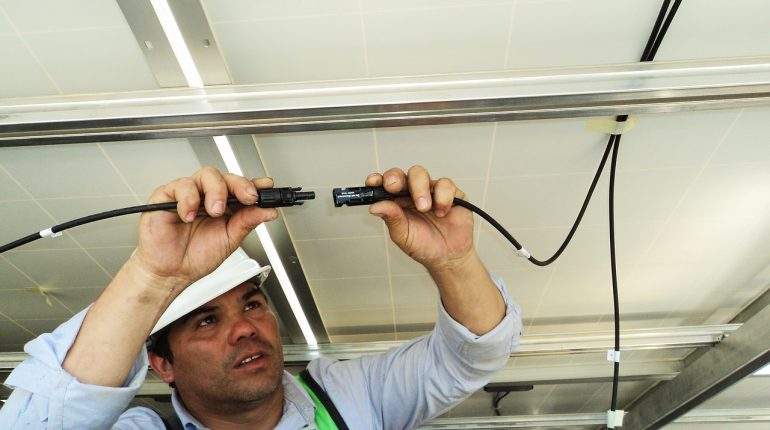 Sprawne sterowanie instalacją elektryczną